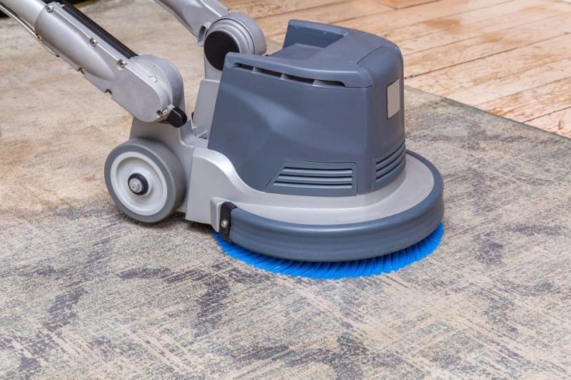 怎样使用手推式洗地机